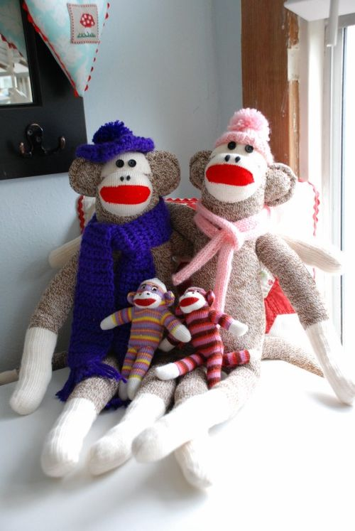 Sock monkeys 001 [1024x768]