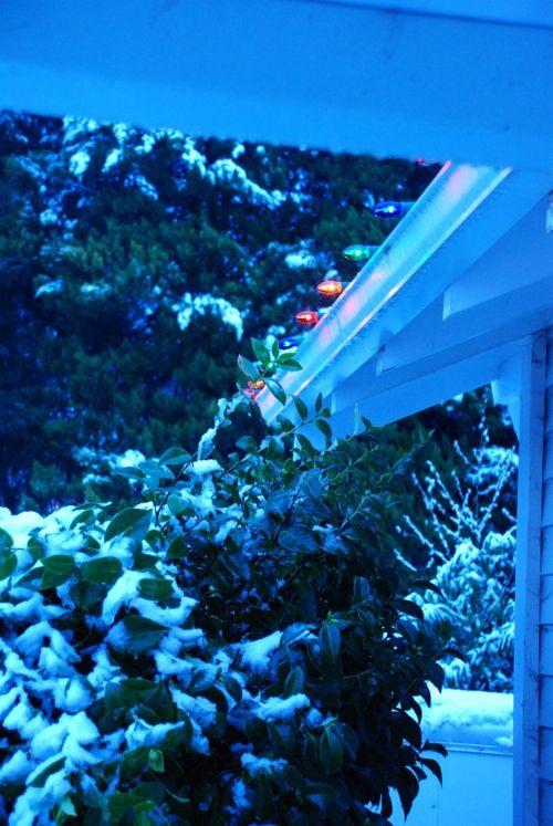 Porch snow 034 [1024x768]