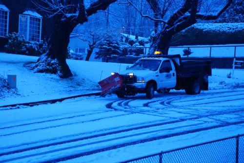 Porch snow 054 [1024x768]