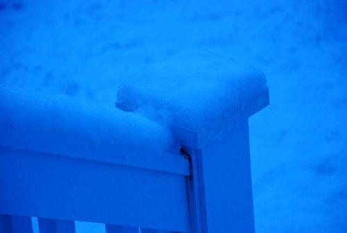 Porch snow 036 [1024x768]