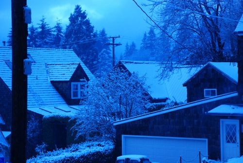 Porch snow 051 [1024x768]